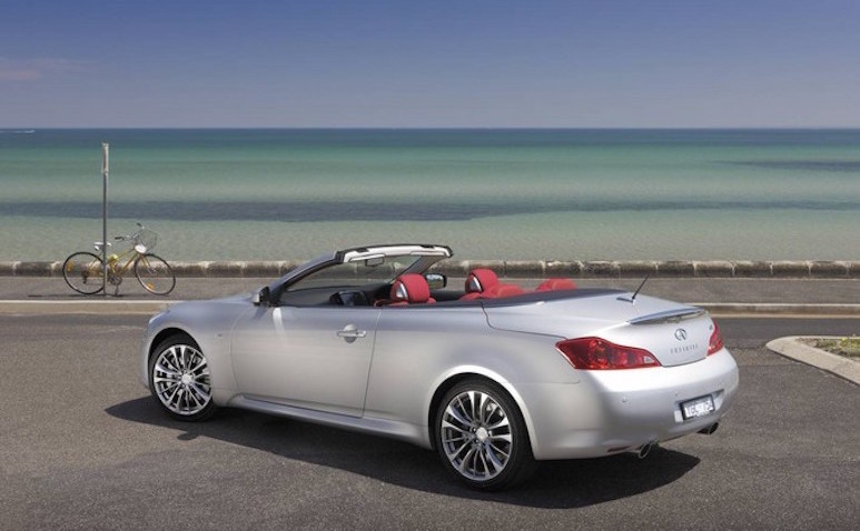 Infinitiq60-The-Good-Guide-Summer.jpg