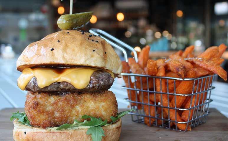 LittleClivemacCheese-burger_773x478.jpg