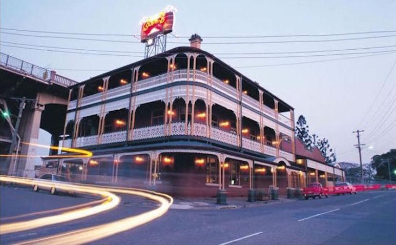 Story-Bridge-Hotel-The-Good-Guide-2.jpg