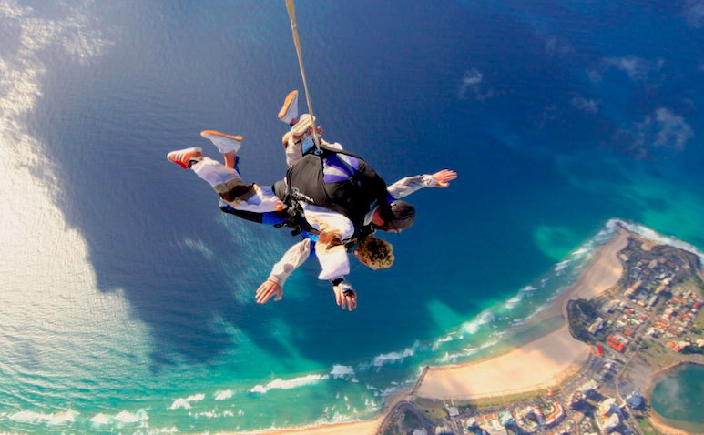 GoodGuideGC_Gold_Coast_Skydive.png